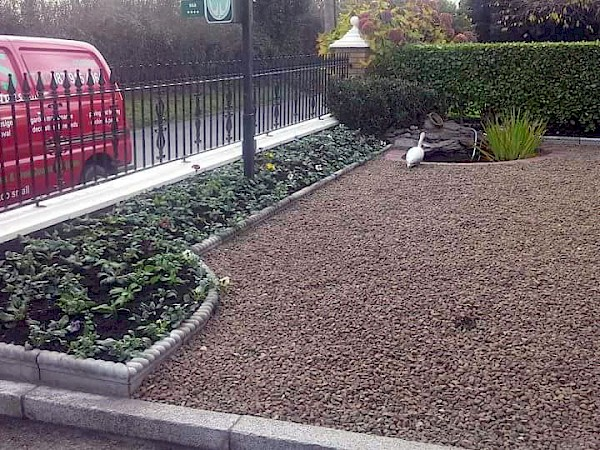Kerbing for raised flowerbed - After