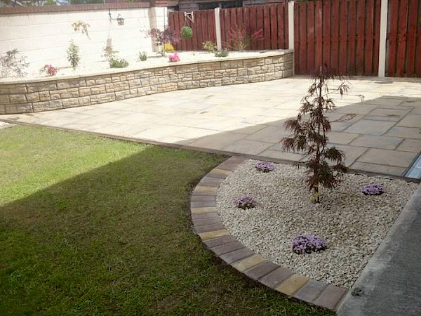 Dwarf wall Flowerbed and Paving - After
